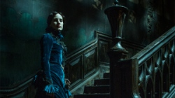 crimsonpeakchastain
