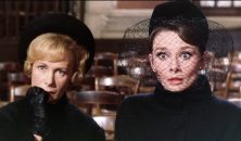 Charade_1963_Audrey_Hepburn_and_Dominique_Minot-1024x601